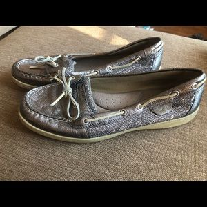 Sperry Angelfish boat shoe grey/silver size 12